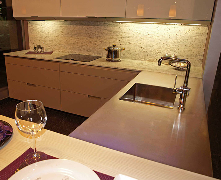 Dominox encimera de cocina de acero inoxidable en for Encimera cocina granito