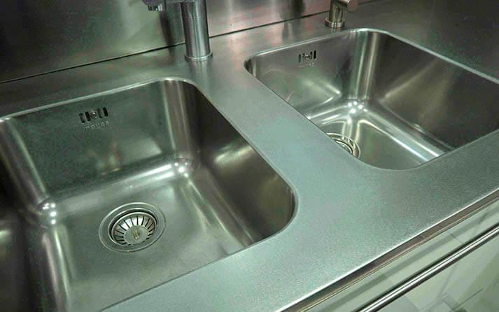 Dominox encimera de cocina en acero jaspeado - Encimeras de acero ...