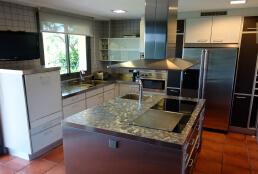 Cambio de encimera de marmol a acero